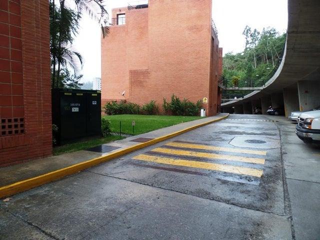Townhouse Distrito Metropolitano>Caracas>La Boyera - Venta:45.117.000.000 Bolivares - codigo: 16-4827