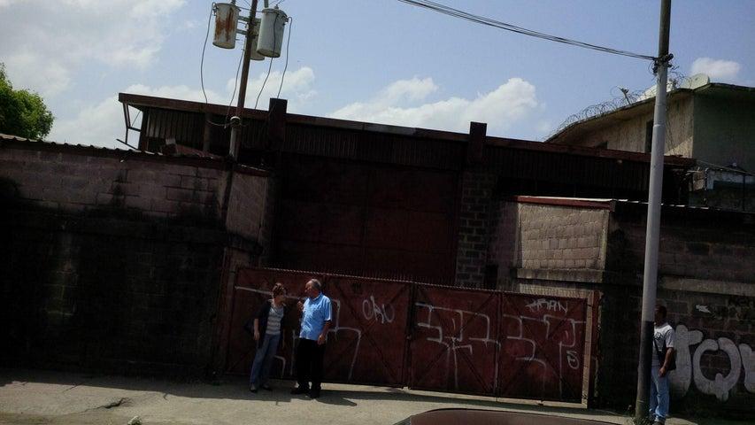 Local Comercial Miranda>Cua>Centro - Venta:122.145.000.000 Precio Referencial - codigo: 16-4838