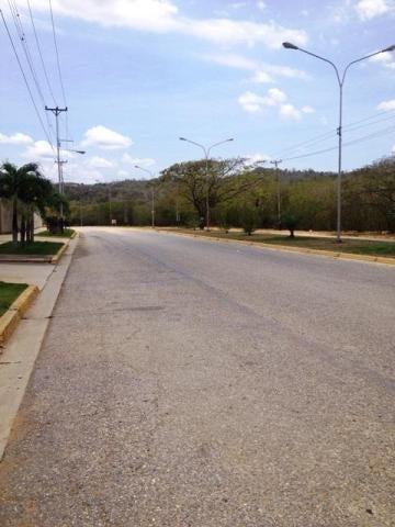 Terreno Miranda>Charallave>Mata Linda - Venta:90.527.000.000 Bolivares Fuertes - codigo: 16-4876