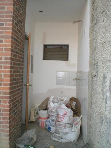 Townhouse Miranda>Guatire>Buenaventura - Venta:42.751.000.000 Precio Referencial - codigo: 16-4868