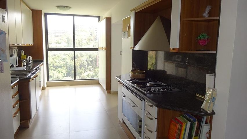 Apartamento Distrito Metropolitano>Caracas>Alto Hatillo - Venta:440.000 US Dollar - codigo: 16-4944