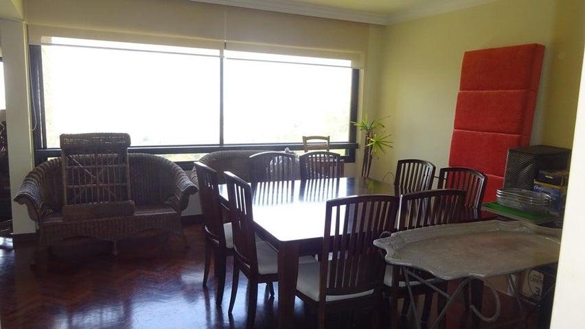 Apartamento Distrito Metropolitano>Caracas>Alto Hatillo - Venta:101.536.000.000 Bolivares Fuertes - codigo: 16-4944