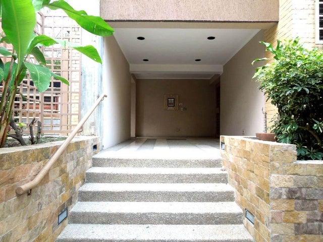 Apartamento Distrito Metropolitano>Caracas>Llano Verde - Venta:53.527.000.000 Bolivares Fuertes - codigo: 16-4954