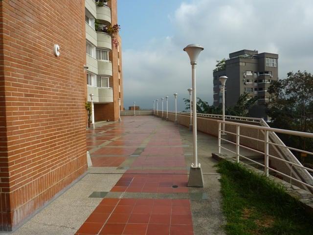 Apartamento Distrito Metropolitano>Caracas>Colinas de Bello Monte - Venta:24.895.000.000 Bolivares Fuertes - codigo: 16-5522