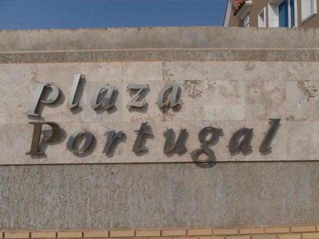 Casa Falcon>Coro>Plaza Portugal - Venta:180.000.000 Bolivares - codigo: 16-5053