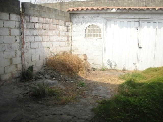 Local Comercial Lara>Cabudare>Parroquia Jose Gregorio - Venta:1.283.000.000 Precio Referencial - codigo: 16-5124