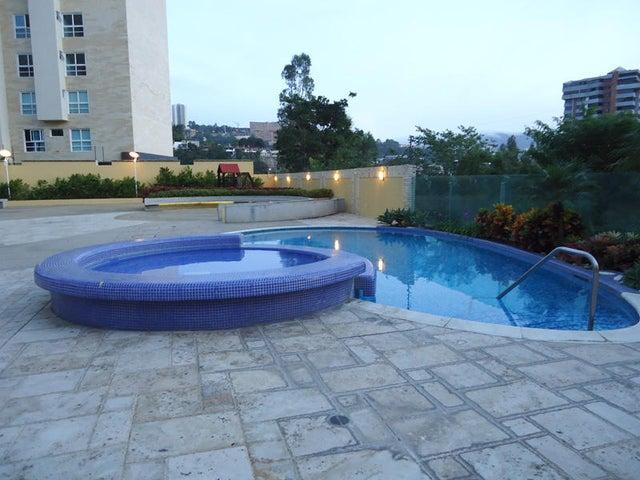 Apartamento Distrito Metropolitano>Caracas>Las Mesetas de Santa Rosa de Lima - Alquiler:1.596.000.000 Precio Referencial - codigo: 16-5205