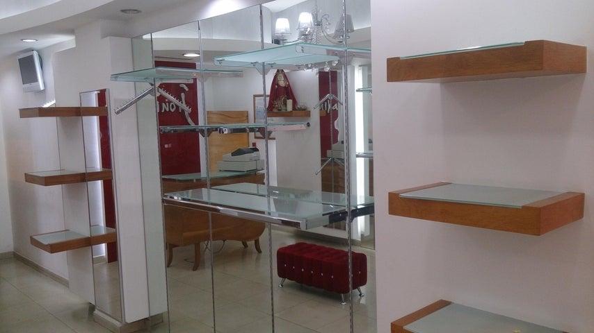 Local Comercial Distrito Metropolitano>Caracas>Parroquia La Candelaria - Venta:85.502.000.000 Precio Referencial - codigo: 16-5239