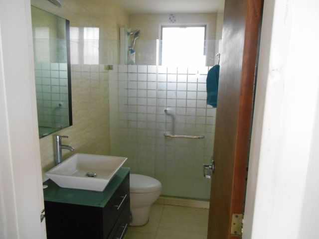 Casa Miranda>San Antonio de los Altos>Colinas de Pasatiempo - Venta:105.000 US Dollar - codigo: 16-6021