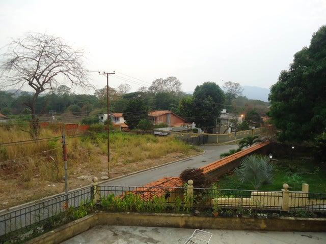 Casa Carabobo>Valencia>Colinas de Guataparo - Venta:12.000.000.000 Bolivares - codigo: 16-5267