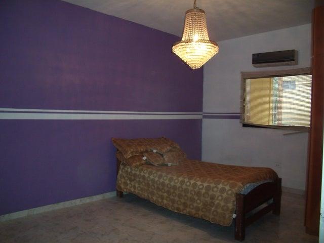 Casa Lara>Barquisimeto>Parroquia Concepcion - Venta:41.688.000.000 Precio Referencial - codigo: 16-5300