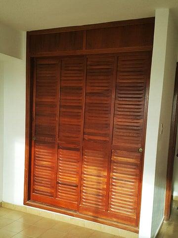 Apartamento Nueva Esparta>Margarita>Costa Azul - Venta:20.000 Precio Referencial - codigo: 16-6452