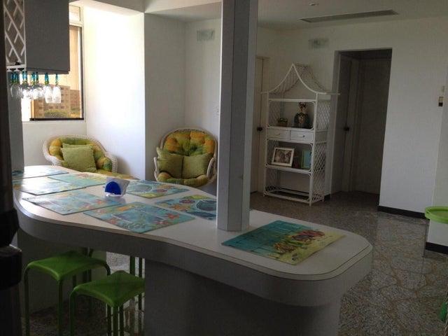 Apartamento Miranda>Higuerote>La Costanera - Venta:18.636.000.000 Precio Referencial - codigo: 16-5408