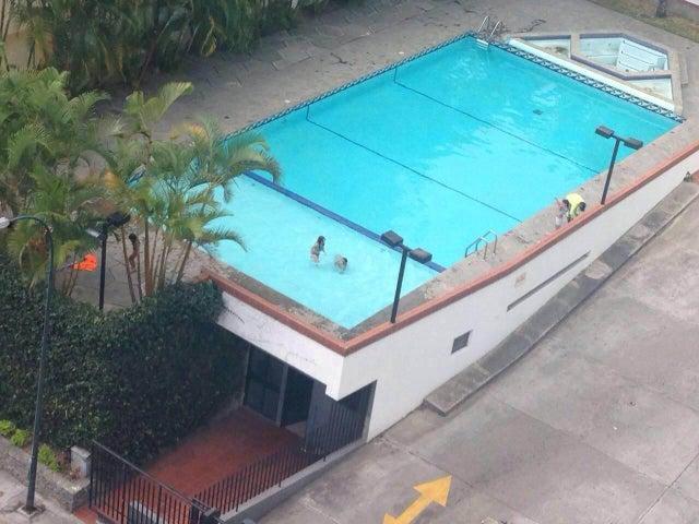 Apartamento Distrito Metropolitano>Caracas>El Cigarral - Venta:18.105.000.000 Bolivares Fuertes - codigo: 16-5478