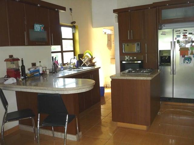 Terreno Carabobo>Valencia>Safari Country Club - Venta:134.360.000.000 Precio Referencial - codigo: 16-6603