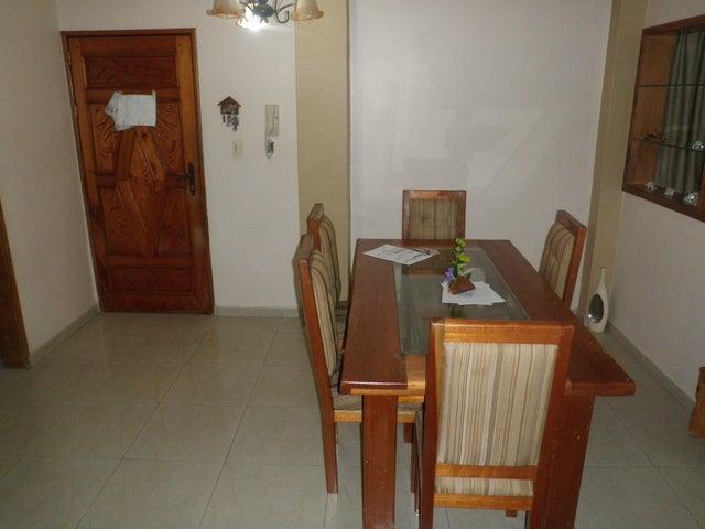 Apartamento Falcon>Punto Fijo>Centro - Venta:3.525.000.000 Bolivares Fuertes - codigo: 16-5539