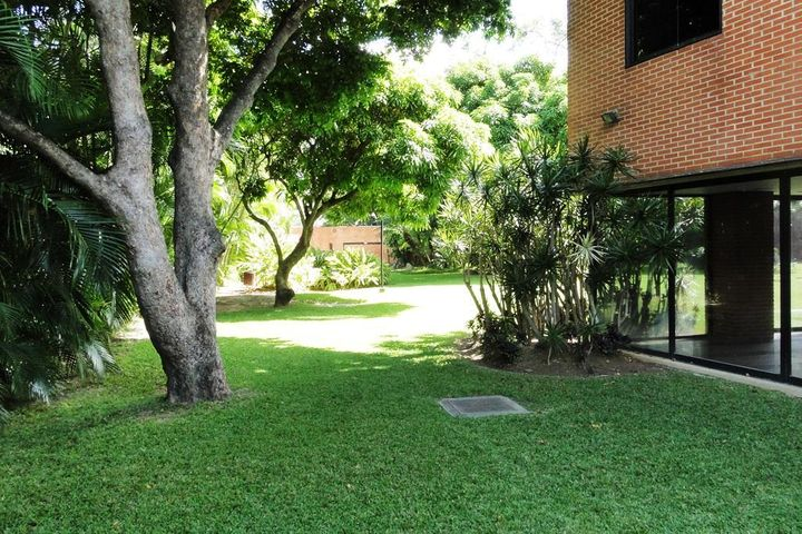 Apartamento Distrito Metropolitano>Caracas>Los Chorros - Venta:244.290.000.000 Precio Referencial - codigo: 16-5588