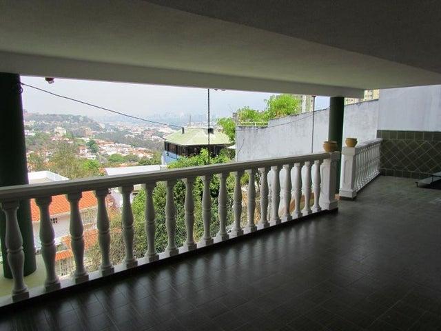 Casa Distrito Metropolitano>Caracas>Colinas de La California - Venta:83.864.000.000 Precio Referencial - codigo: 16-5598