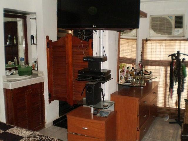 Apartamento Aragua>Maracay>Parque Aragua - Venta:40.000.000 Bolivares Fuertes - codigo: 16-5632
