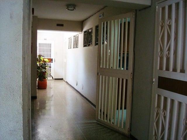 Apartamento Distrito Metropolitano>Caracas>Los Rosales - Venta:10.993.000.000 Precio Referencial - codigo: 16-5715