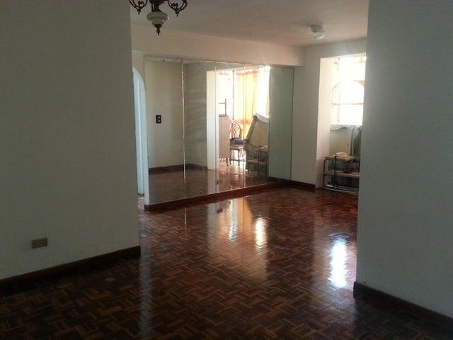 Apartamento Distrito Metropolitano>Caracas>La Boyera - Venta:15.011.000.000 Bolivares Fuertes - codigo: 16-5713