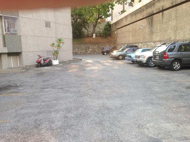Apartamento Distrito Metropolitano>Caracas>La Urbina - Venta:23.500.000.000 Bolivares Fuertes - codigo: 16-5723