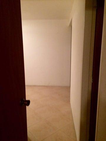 Apartamento Distrito Metropolitano>Caracas>Quebrada Honda - Venta:15.842.000.000 Bolivares Fuertes - codigo: 16-5757