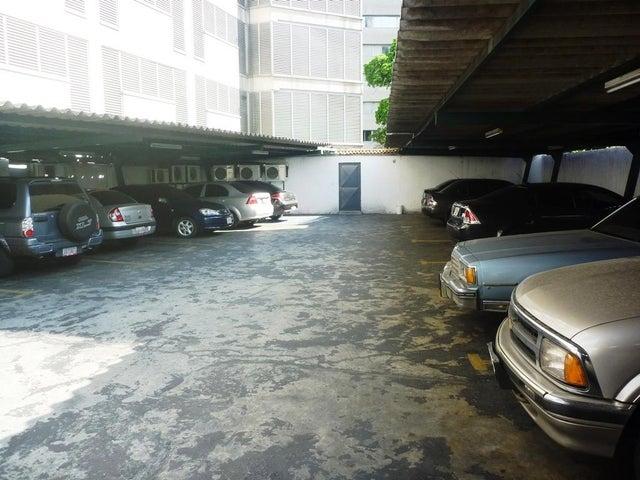Local Comercial Distrito Metropolitano>Caracas>San Bernardino - Venta:23.273.000.000 Bolivares - codigo: 16-5780