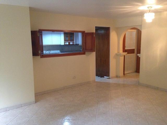 Apartamento Distrito Metropolitano>Caracas>Santa Monica - Venta:76.341.000.000 Precio Referencial - codigo: 16-5829