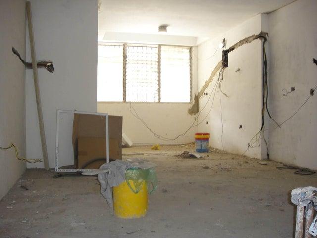 Apartamento Distrito Metropolitano>Caracas>La Florida - Venta:22.559.000.000 Bolivares Fuertes - codigo: 16-5878