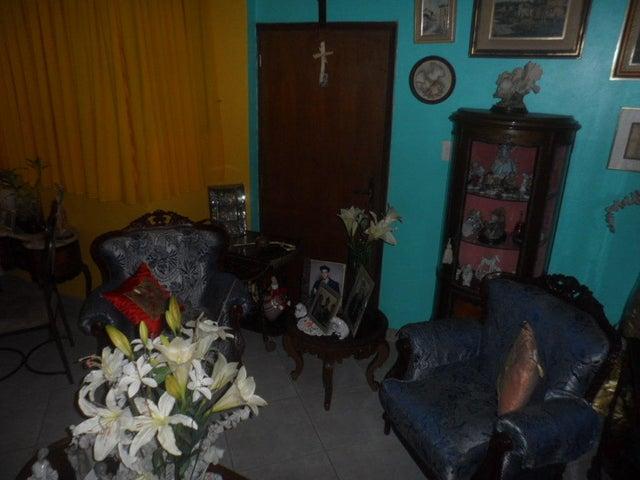 Apartamento Carabobo>Municipio Naguanagua>El Rincon - Venta:75.000.000 Bolivares Fuertes - codigo: 16-5893