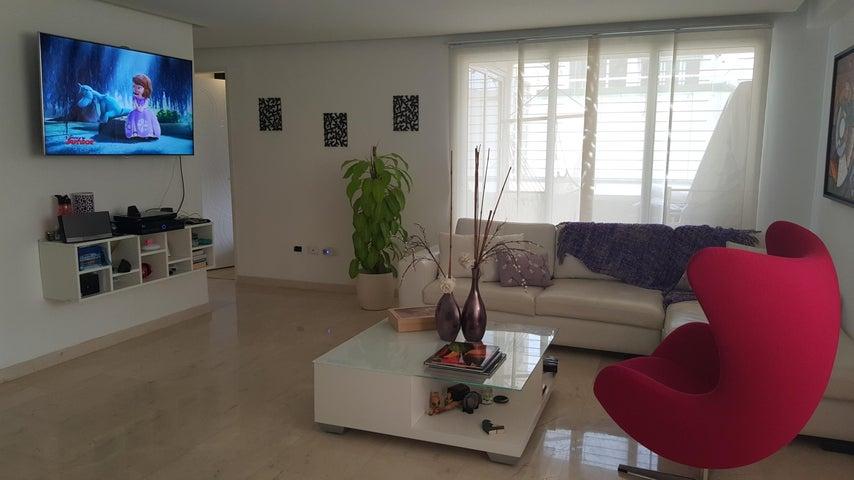 Apartamento Distrito Metropolitano>Caracas>Bosques de la Lagunita - Venta:15.127.000.000 Bolivares Fuertes - codigo: 16-6945