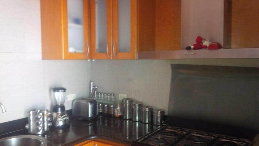 Casa Lara>Cabudare>Prados del Golf - Venta:50.000.000 Bolivares - codigo: 16-5986
