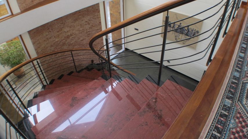 Casa Distrito Metropolitano>Caracas>La Lagunita Country Club - Venta:1.880.887.000.000 Precio Referencial - codigo: 16-6015