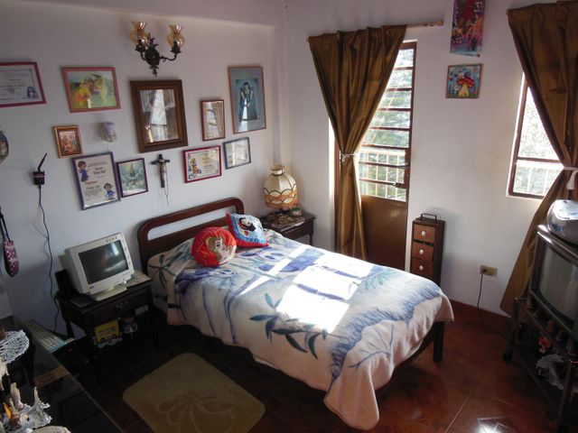 Casa Distrito Metropolitano>Caracas>El Junquito - Venta:6.000.000.000 Bolivares Fuertes - codigo: 16-6049