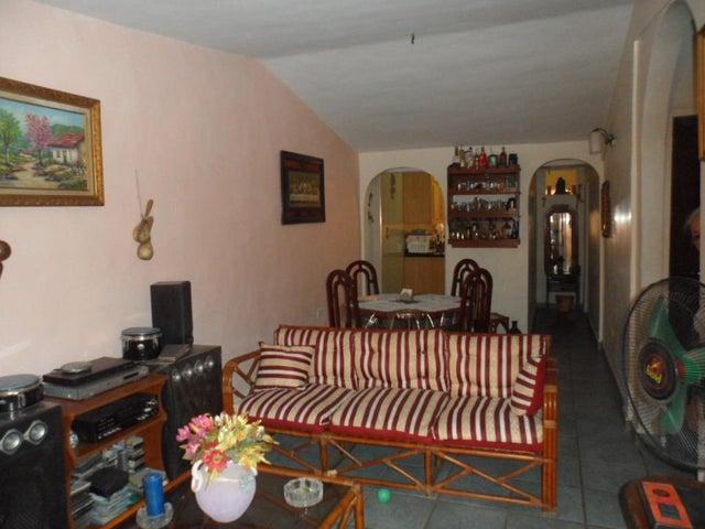 Casa Aragua>Cagua>Prados de la Encrucijada - Venta:75.000.000 Bolivares - codigo: 16-6037