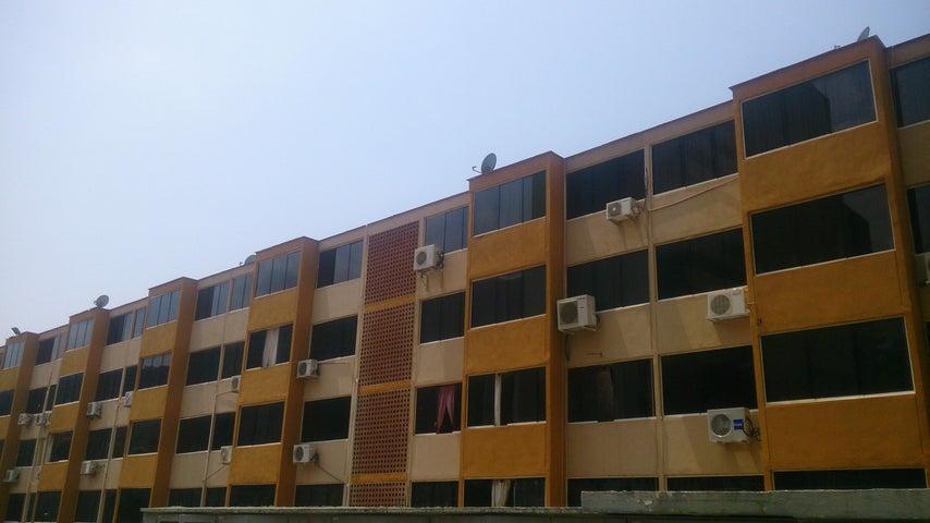 Apartamento Vargas>Parroquia Caraballeda>La Llanada - Venta:55.000 US Dollar - codigo: 16-6097