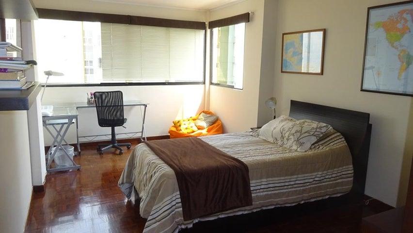 Apartamento Distrito Metropolitano>Caracas>Los Naranjos del Cafetal - Venta:262.500 US Dollar - codigo: 16-6208