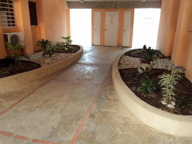 Apartamento Miranda>Guatire>Valle Arriba - Venta:9.389.000.000 Precio Referencial - codigo: 16-5869