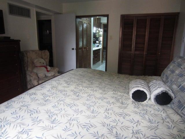 Apartamento Distrito Metropolitano>Caracas>La Urbina - Venta:90.000 US Dollar - codigo: 16-6332
