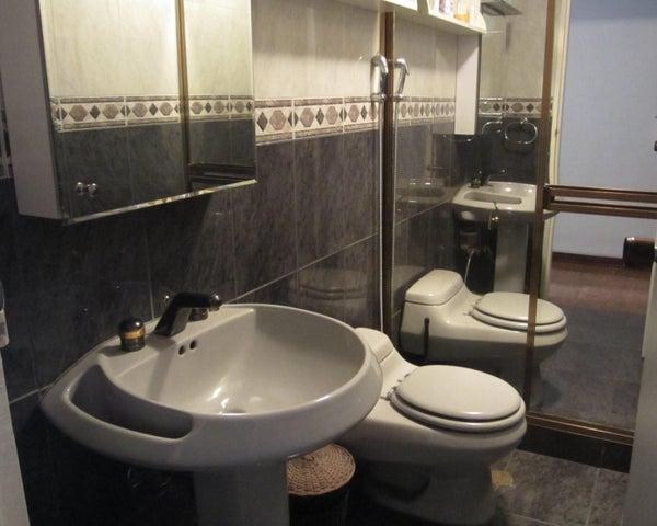 Apartamento Distrito Metropolitano>Caracas>La Urbina - Venta:325.785.000.000 Precio Referencial - codigo: 16-6332