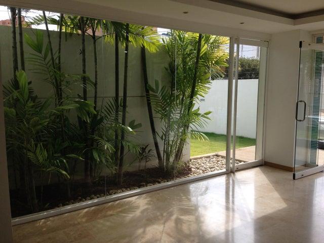 Apartamento Zulia>Maracaibo>Bellas Artes - Venta:100.770.000.000 Precio Referencial - codigo: 16-6333