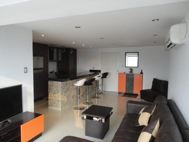 Apartamento Distrito Metropolitano>Caracas>Los Chaguaramos - Venta:12.447.000.000 Bolivares Fuertes - codigo: 16-6334