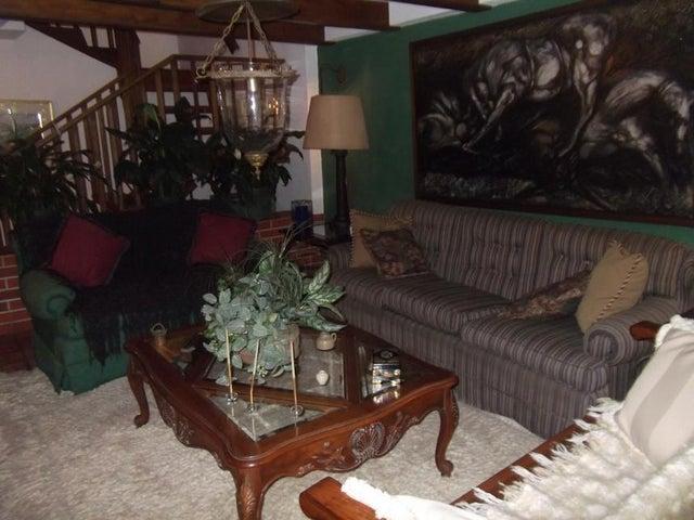 Casa Distrito Metropolitano>Caracas>Las Palmas - Venta:180.000 Precio Referencial - codigo: 16-6393