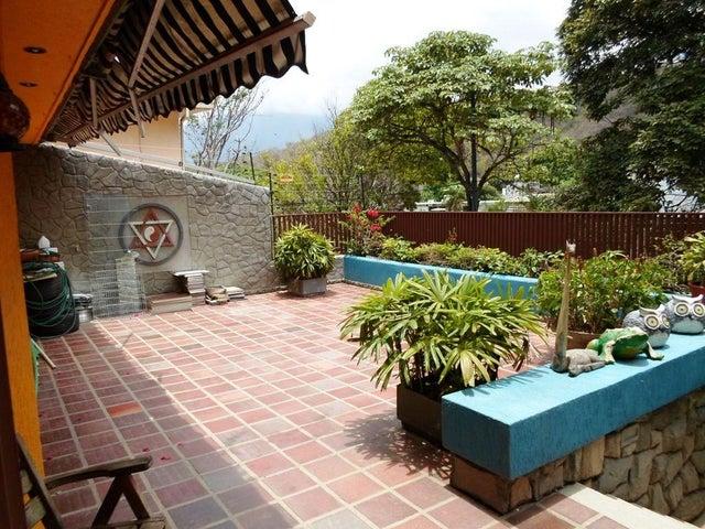 Casa Distrito Metropolitano>Caracas>San Roman - Venta:176.528.000.000 Bolivares - codigo: 16-6357
