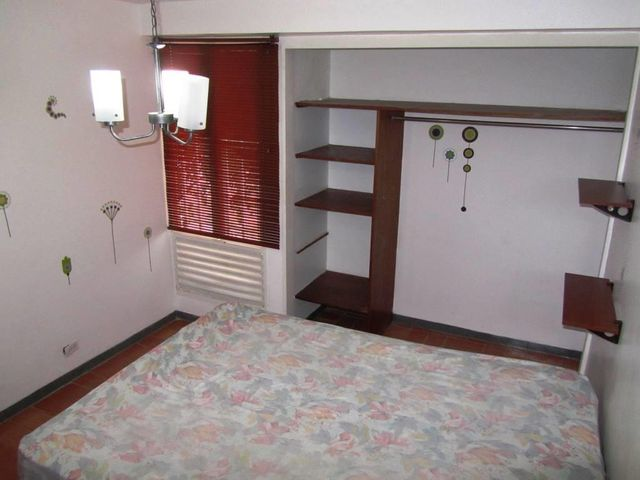 Apartamento Distrito Metropolitano>Caracas>Colinas de Los Ruices - Venta:19.484.000 Precio Referencial - codigo: 16-6381