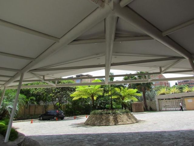 Apartamento Distrito Metropolitano>Caracas>Campo Alegre - Venta:419.320.000.000 Precio Referencial - codigo: 16-6429