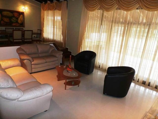 Casa Distrito Metropolitano>Caracas>El Hatillo - Venta:213.754.000.000 Precio Referencial - codigo: 16-7052