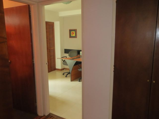 Apartamento Distrito Metropolitano>Caracas>La Boyera - Venta:67.712.000.000 Precio Referencial - codigo: 16-6584