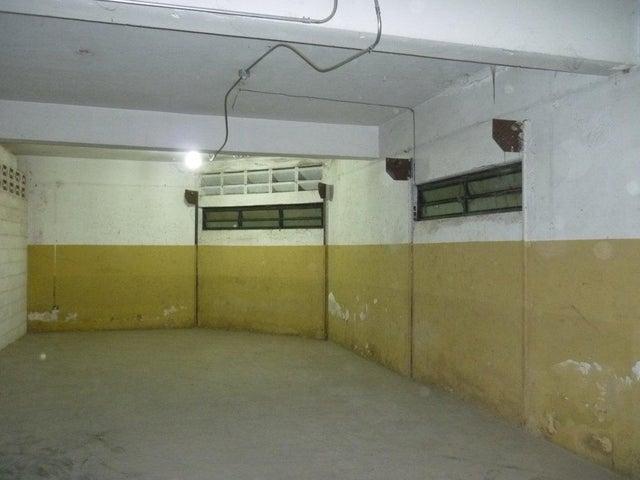 Local Comercial Carabobo>Municipio Diego Ibarra>Mariara - Venta:2.769.000.000 Bolivares - codigo: 16-6602
